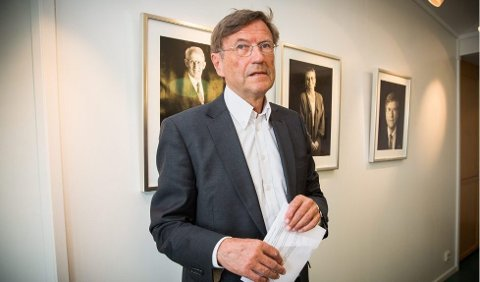 KLAR TALE: Dag Rune Olsen bør ikke tiltre i stilling ved universitetet i Tromsø, skriver tidligere rektor Jarle Aarbakke (bildet). Foto: Ole Åsheim/Nordlys