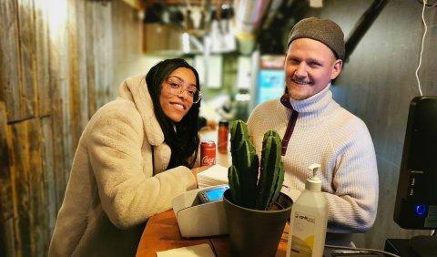I 2007 åpnet Håvard Robertsen nattmatsuksessen Torghuken i Stortorget. Da solgte han pannekaker og poteter som et nattmat-alternativ. Nå åpner han dørene der alt startet igjen. Foto: Privat
