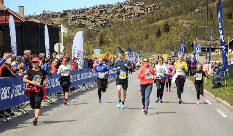 AVLYST: Det blir ingen folkefest i forbindelse med Beitostølen Fjellmaraton i år, og derfor avlyses arrangementet, som i utgangspunktet var utsatt til september.