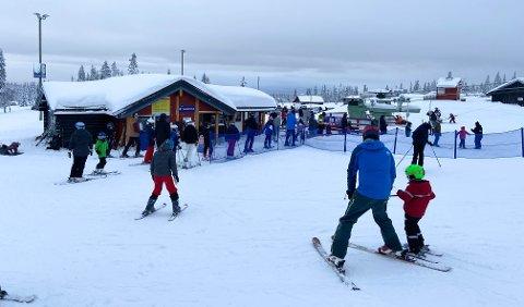 POPULÆRT: Skitrekket med alpinbakken på Budor åpnet 2. juledag.