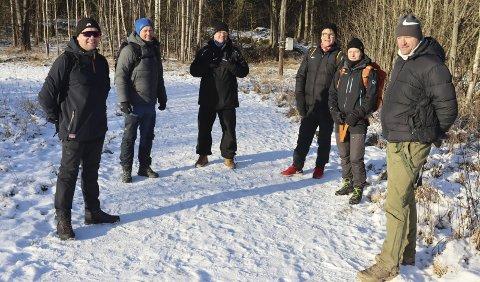 Utekontor i porsløypa: Tor Arne Svartangen, Gaute Brovold, Nils Rune Midtbøen, Ole Einar Martinsen, Trine Rønning og Bård Borgersen på Vestsida.