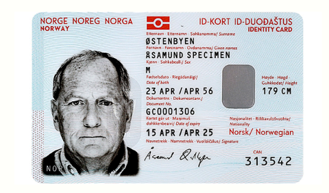 SLIK SER DE UT: De nye norske ID-kortene med ID-brikke ser slik ut, og blir mye vanskeligere å forfalske enn både førerkort og pass.