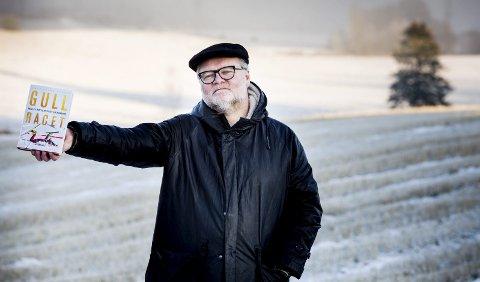 Bok: Boka «Gullracet», skrevet av Lars Backe Madsen, handler om norsk langrenn i 1988-2017, og er fortellingen om da Norge reiste seg fra skam og fiasko og null gull i OL 1988 til å bli dominerende stormakt i langrenn. FOTO: TOM GUSTAVSEN