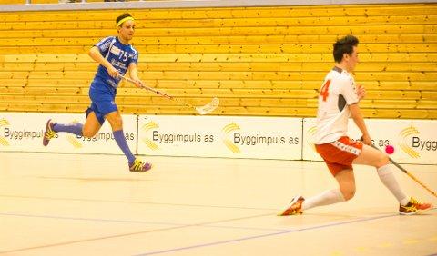 UT I KVALIFISERING: FIBK må spille kvalifisering etter at Sarpsborg Sharks ble for sterke. Her Lasse Schie.  FOTO: Vetle Halvorsen