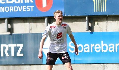 TOK SJANSEN: Iver Skorve (17) starta sin første kamp for Sogndal mot Raufoss, og sette inn 1–0 då kvarteret var spelt. Det blei tap 3–4 til slutt.
