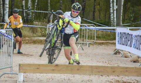 SYKKELCROSS: Fredrik Andre Haug har også satset på sykkelkross. Vi håper å se han på startstreken under norgescupen i Svelvik. Arkivfoto