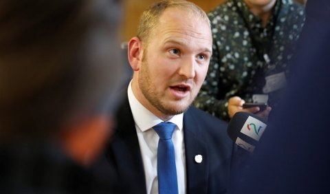 Samferdselsminister Jon Georg Dale vil reagere strengere mot dem som jukser på førerprøven. Foto: Gorm Kallestad, NTB scanpix/ANB