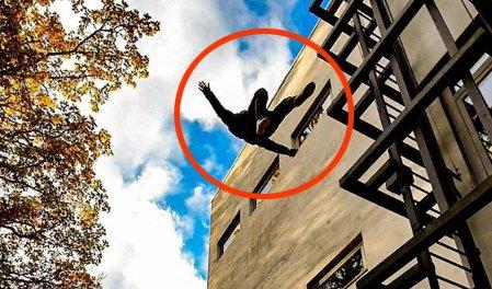 KASTER SEG UT: Oskar Lunde fra Porsgrunn skal bli stuntmann. Her kaster han seg ut fra en bygning. Foto: Privat