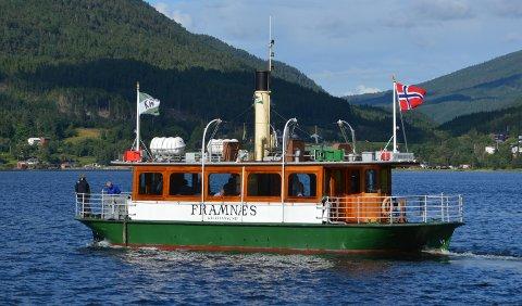 «Framnæs» la jubileumscruiset til Bøfjorden.