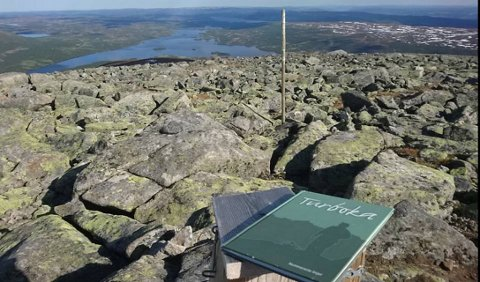 Utsyn frå Gråkampen med Storfjorden i bakgrunnen.