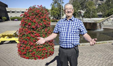 Alle er velkommen: Leder i Sunndal pensjonistforening Knut Fredriksen inviterer alle i Sunndal til paneldebatt om eldrepolitikken i Sunndal.
