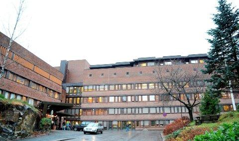 BRØT IKKE LOVEN: Nå har både tingretten og lagmannsretten avvist saken til gjerstadkvinnen som mente seg diskriminert av sykehuset i Arendal. fOTO: ARKIV