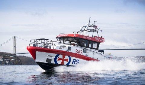 Mannskapet på redningsskøyten Kristian G. Jebsen har hatt det travelt i sommer. – Det skyldes nok været, sier kommunikasjonssjef Frode Pedersen i Redningsselskapet.