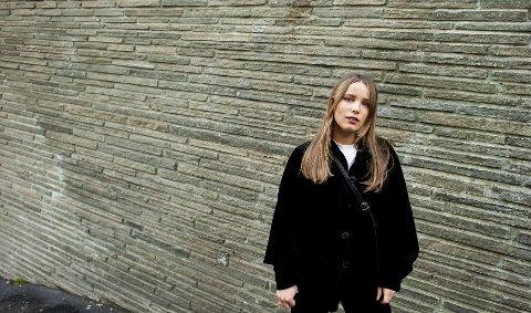 Birgitta Alida er ikke bare soloaktuell, hun kan også fortelle at også at Strange Hellos skal i studio i høst for å spille inn nytt materiale.