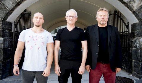 (Fra venstre) Tidligere rusavhengige Sindre Remme Strand skal forske på verdighet sammen med postdoktor Oscar Tranvåg og Odd Roar Hana. Sistnevnte har selv slitt med avhengighet i mange år.