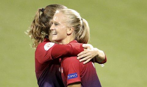 Amalie Eikeland (24) er nok en bergenser som er i ferd med å få sitt gjennombrudd på det norske kvinnelandslaget i fotball.  Arkivfoto: NTB scanpix
