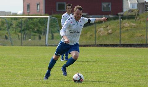 Glede: Anders Solgård gleder seg over at arbeidet med å oppgradere idrettslagets fotballbane endelig i gang.