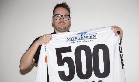 500 kamper: Marius Austad er veteran på Solbergs bandylag. 35-åringen spilte sin 500. a-lagskamp forleden og følger i rekkene til pappa Ola og onkel Finn – begge Austad – som også har spilt mer enn 500 bandykamper på a-laget.