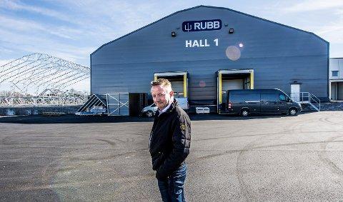 SATSER STORT: Jon Børresen og FTS Eiendom bygger fire nye lagerhaller og leier ut 11.000 kvadratmeter til Bring.