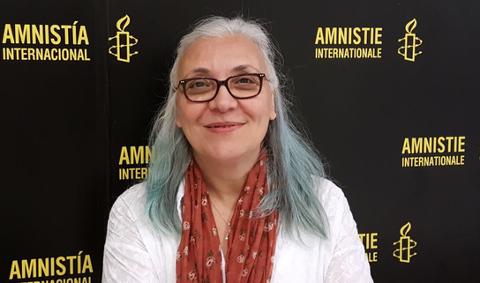 Kommer. Idil Eser, tidligere leder for den tyrkiske avdelingen av Amnesty International, kommer til Litteraturhuset i Fredrikstad lørdag 21. september for å snakke om det hun har opplevd i hjemlandet.