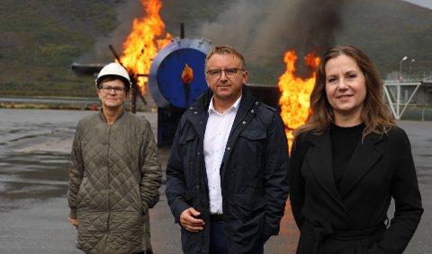 DIREKTØR: Agnar Christensen (i midten) er direktør for Norges brannskole.