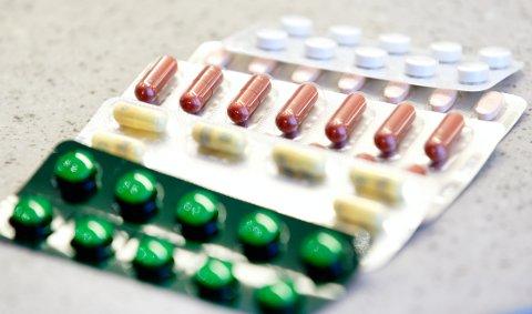 Hilde J. Hoven (Sp) mener staten bør bygge legemiddelfabrikk på Lillehammer.