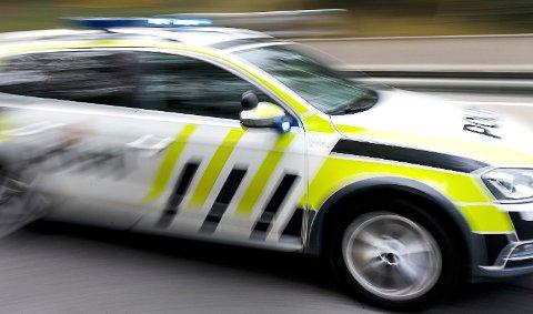 INNDRATT FØRERKORT: En unggutt i slutten av tenårene fikk førerkortet beslaglagt etter ellevill kjøring på Iddesletta.