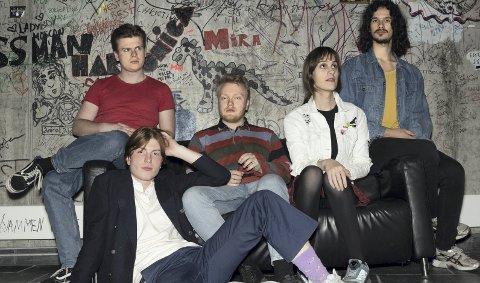 NYTT MATERIALE: JEJUNE, med Hamar-gutt Sondre Jessen Bjerkeli på bass gir fredag ut EP-en «Modern Art» og gleder seg til å komme seg ut på vegen igjen. Deriblant Hamar.