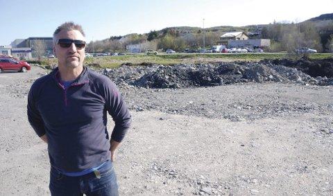 Hyttebygger: Helge Eliassen legger til rette for å bygge 20 hytter i Vågan, mllom Leitebakken og Haukland, på Vestvågøy. Arkivfoto