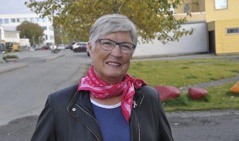 Rosa sløyfe: Leder i Rosa sløyfe-aksjonen, Bodil Hansen, forteller at den vil bli markert på Leknes 30. september og i Svolvær 14. oktober. Foto: Arkiv
