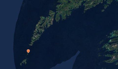 Hercules-flyet kom for nært øya Mosken da det fløy formasjonsflyging sammen med et annet fly 11. mars.