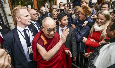 Solidaritet: – Denne regjeringa har avvist å møte Dalai Lama og å støtte frigiving av den kinesiske menneske-rettighetsaktivitsten Liu Xiabo, skriver Leif Christensen.