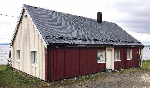 PUSSES OPP: Klubbhuset til Moss undervannsklubb ligger idyllisk til på Tronvikstranda.