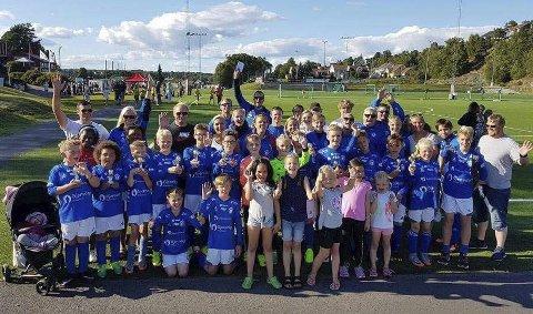 GØY MED CUP: RIF G11 var ett av seks lag som deltok på Sandarcup i helgen.