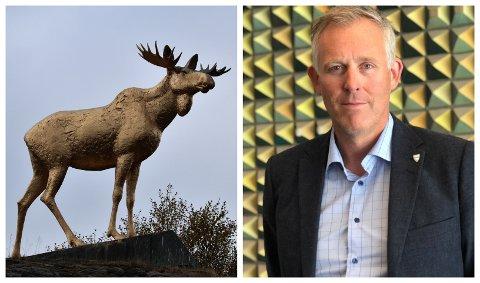GULLFORGYLT: Sandnessjø-elgen ble gullfarget i løpet av helgen, men Rådmann Børge Toft sier det er uaktuelt å la den være sånn permanent.