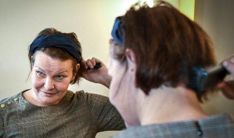 Viktig: Karen Hagland (49) har mistet håret en gang før som følge av cellegiftbehandling, og erkjenner at det var en så tøff erfaring at hun ikke vil oppleve det igjen. Hvis det kan unngås.Foto: Øyvind Bratt