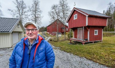 Rolv Kristian Brendås er grunneier i området hvor det planlegges bygging av ny, stor flyplass.
