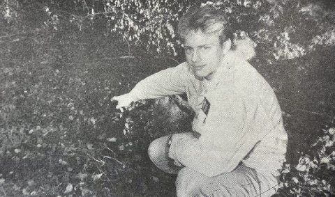 FLAKS: Jo Ivar Skundberg fant en granat ved skolen.