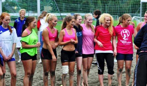 Vant finalen: Moelvens jentelag ble regionmestere i sandhåndball, på hjemmebane. 23. august 2011