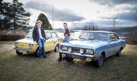 Robin Stenberg har en Fiat 126 Berlina som er fra 1975, og lillebroren Tommy Stenberg en 1967 Opel Rekord 1900 Coupe.