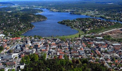 VANNLEDNING: Sarpsborg kommune har søkt Fylkesmannen om å få mudre i Glengshølen for å legge en ny vannledning fra Opsund til Ravneberget.