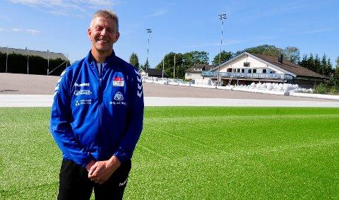 FORNØYD: Styreleder Roy Strand er glad for at Sparta endelig får nytt kunstgress på Spartabanen.
