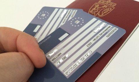 Myndighetene formaner alle om å ta med det europeiske helsetrygdekortet på reise i EU. Har du reiseforsikring får det knapt noen konsekvenser om du lar det ligge hjemme. Foto: Geir Ormseth