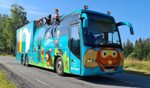 RULLER INN: Onsdag etter høstferien kommer Superbussen til Notodden, nærmere bestemt Tinnesmoen skole.