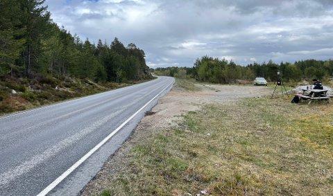 UP kontrollerte trafikken på fylkesvei 680 på Tustna onsdag.