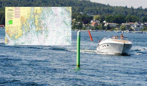 BÅTLIV: Skal du navigere på sjøen bør du ha oppdaterte kart om bord.