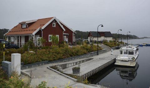 Brukes mye: Hagefjordbrygga er en av de kommunale bryggene som brukes mye til gods. Nå vil det trolig bli en avgift.