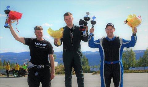 Pallen: Teoretisk sett kan både Frode Leirhol (t.v.), Simen Engsvik og helgas treer Andreas Aarhaug vinne årets NM i rallycross for supernasjonal klasse 3.