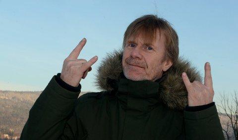 LIVETPÅVENT:Harald Berge bor i hus på Strømsenga som i kommuneplanen er båndlagt til framtidig tunnelutløp. Arkivfoto