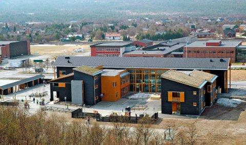 Røros skole Sundveien.